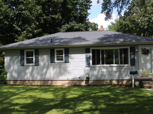 3 bed 2 bath Single Family at 717 Airfield Ln Midland, MI, 48642 is for sale at 92k - 1 of 20