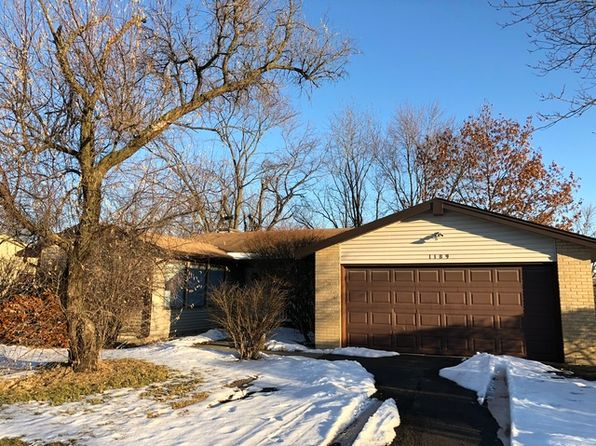 3 bed 2 bath Single Family at 1189 Grissom Trl Elk Grove Village, IL, 60007 is for sale at 300k - 1 of 13