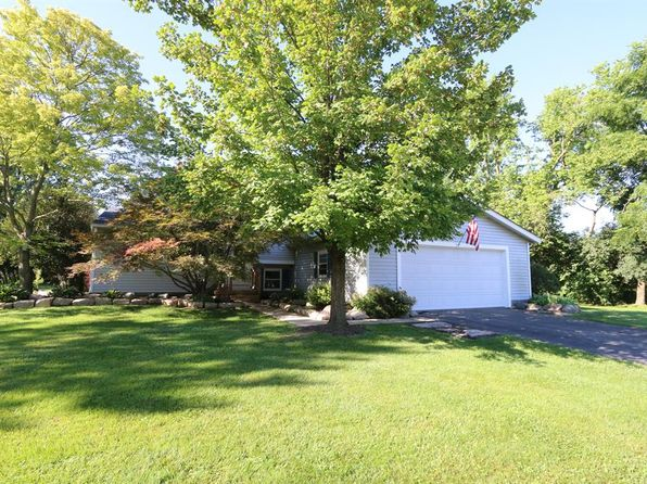 3 bed 3 bath Single Family at 412 Shawnee Trl Dayton, OH, 45458 is for sale at 200k - 1 of 30