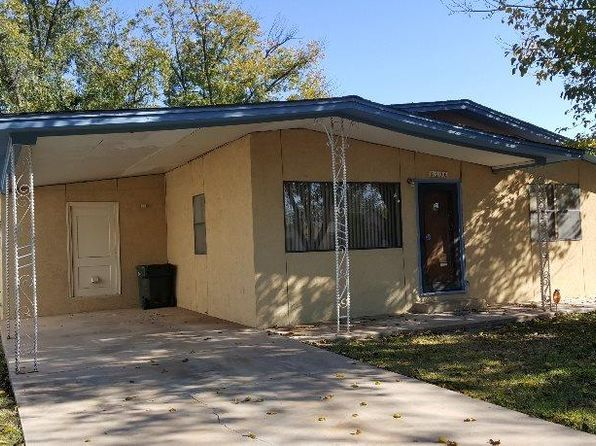 3 bed 1 bath Single Family at 406 S Mesquite St Carlsbad, NM, 88220 is for sale at 115k - 1 of 13
