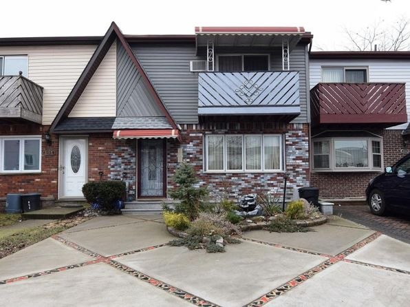 3 bed 2 bath Townhouse at 189 CEDAR GROVE CT STATEN ISLAND, NY, 10306 is for sale at 490k - 1 of 23