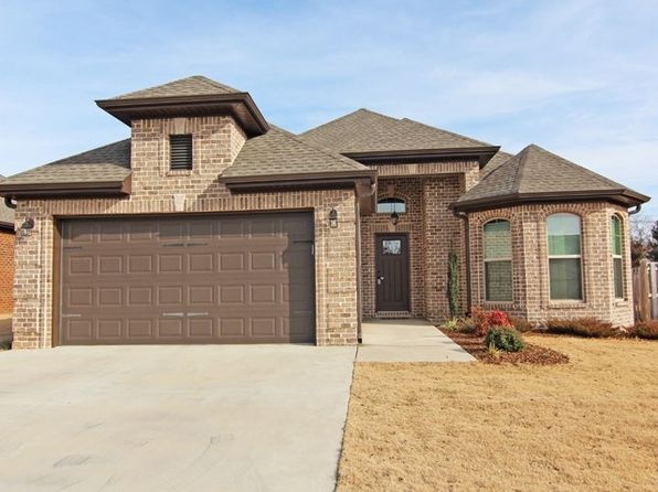 3 bed 2 bath Single Family at 244 Camelot Way Florence, AL, 35633 is for sale at 215k - 1 of 15