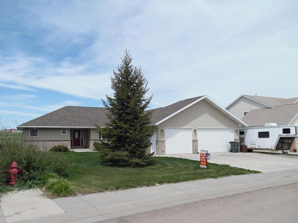 5 bed 3 bath Single Family at 3510 Hidden Valley Rd Gillette, WY, 82718 is for sale at 390k - 1 of 83