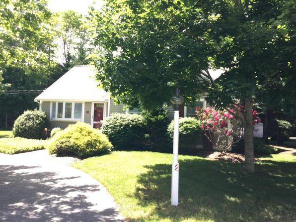 3 bed 2 bath Single Family at 43 Ships Lantern Dr Mashpee, MA, 02649 is for sale at 339k - 1 of 21