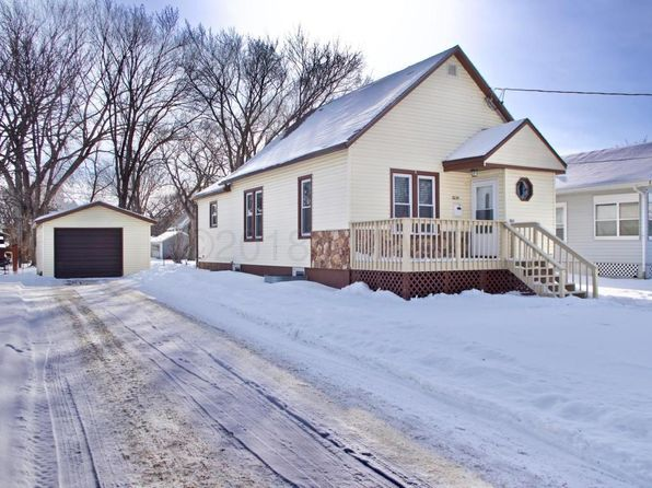 3 bed 2 bath Single Family at 1634 8th Ave S Fargo, ND, 58103 is for sale at 188k - 1 of 34
