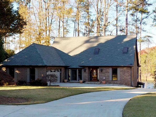 4 bed 4 bath Single Family at 3275 Lanier Beach South Rd Cumming, GA, 30041 is for sale at 1.18m - 1 of 25