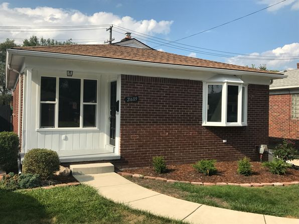 3 bed 1 bath Single Family at 21609 Cedar St Saint Clair Shores, MI, 48081 is for sale at 142k - 1 of 15