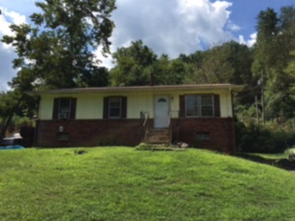 3 bed 1 bath Single Family at 80 Holly Hill Rd Bryson City, NC, 28713 is for sale at 89k - 1 of 3