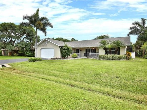 4 bed 3 bath Single Family at 184 Palm View Dr Naples, FL, 34110 is for sale at 440k - 1 of 23