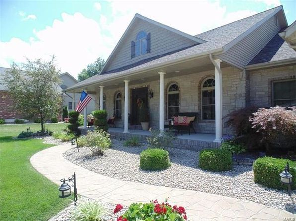5 bed 4 bath Single Family at 60 Liberty Ln Highland, IL, 62249 is for sale at 380k - 1 of 35