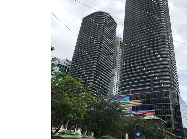 2 bed 2 bath Condo at 45 SW 9th St Miami, FL, 33130 is for sale at 800k - 1 of 57