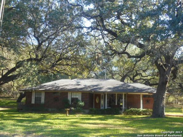 3 bed 2 bath Single Family at 512 Ridgeview Dr Pleasanton, TX, 78064 is for sale at 330k - 1 of 25
