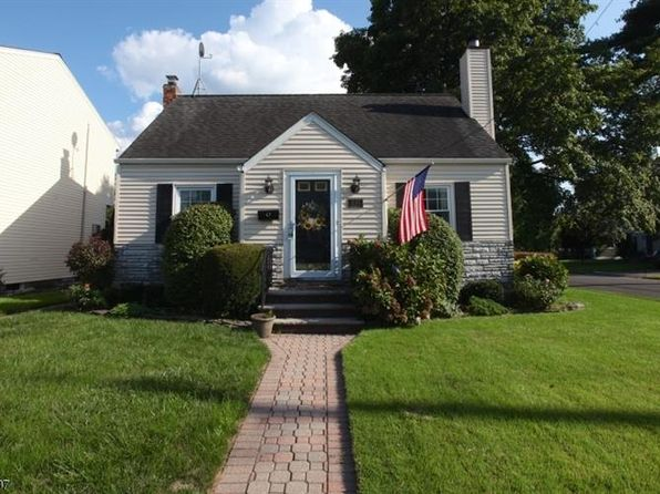 3 bed 2 bath Single Family at 2-02 Berdan Ave Fair Lawn, NJ, 07410 is for sale at 379k - 1 of 15
