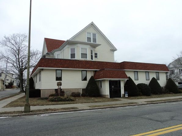4 bed 5 bath Multi Family at 2265 Acushnet Ave New Bedford, MA, 02745 is for sale at 450k - 1 of 19