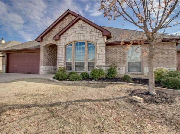 4 bed 2 bath Single Family at 3933 Vista Greens Dr Fort Worth, TX, 76244 is for sale at 225k - 1 of 28