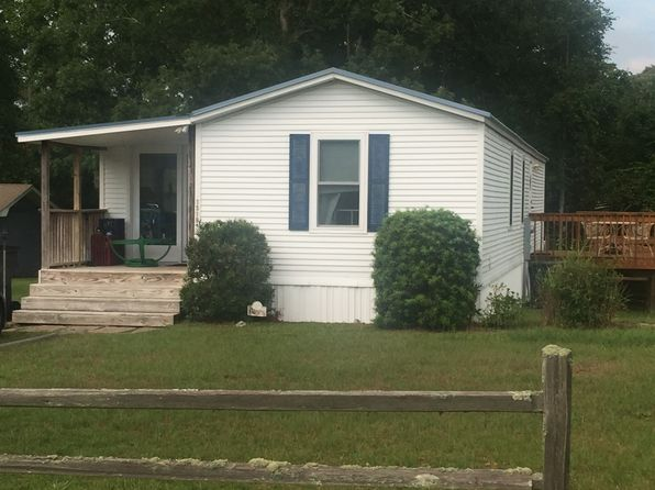 2 bed 2 bath Single Family at 1519 OAK RIDGE DR SW Ocean Isle Beach, NC, null is for sale at 11k - 1 of 14