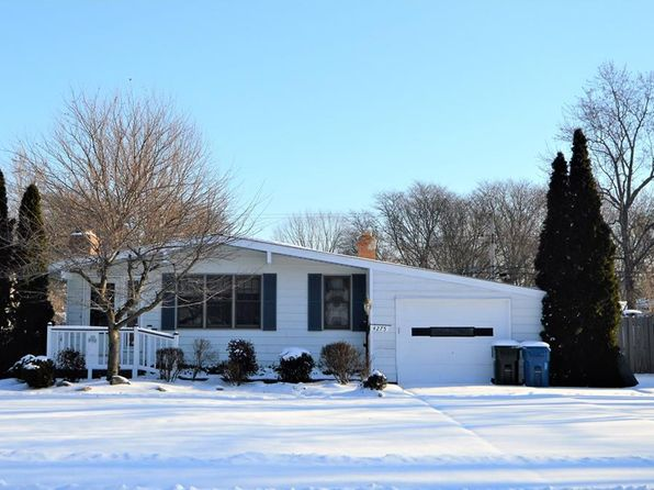 3 bed 1 bath Single Family at 4275 Coe Ave North Olmsted, OH, 44070 is for sale at 135k - 1 of 18