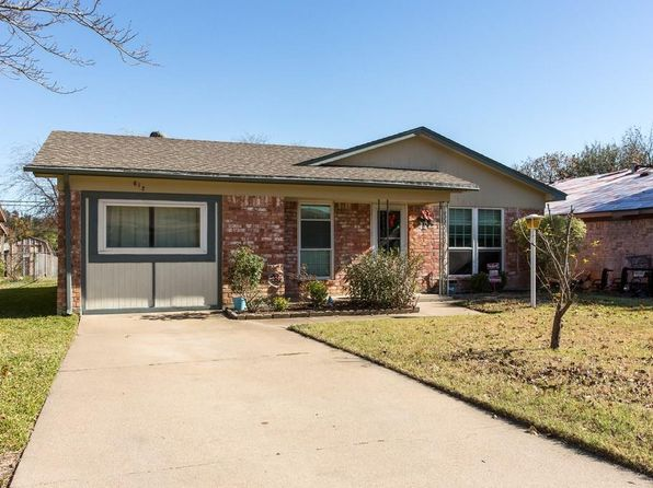 3 bed 2 bath Single Family at 612 Hallvale Dr White Settlement, TX, 76108 is for sale at 150k - 1 of 24