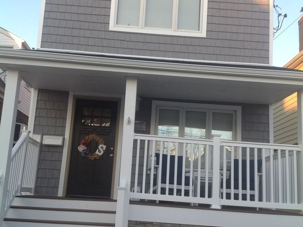 3 bed 2 bath Single Family at 528 Beach 128th St Rockaway Park, NY, 11694 is for sale at 859k - google static map