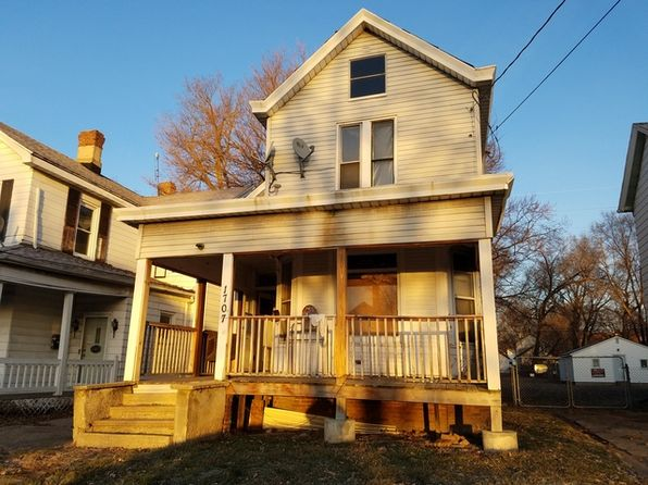 4 bed 2 bath Single Family at 1707 NE Jefferson Ave Peoria, IL, 61603 is for sale at 19k - google static map