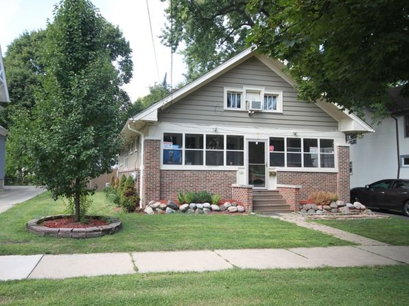 4 bed 2 bath Single Family at 526 Iowa Ave Aurora, IL, 60506 is for sale at 153k - 1 of 10