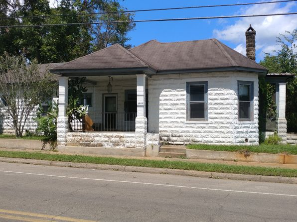 4 bed 2 bath Single Family at 1002 W King St Quincy, FL, 32351 is for sale at 50k - 1 of 8