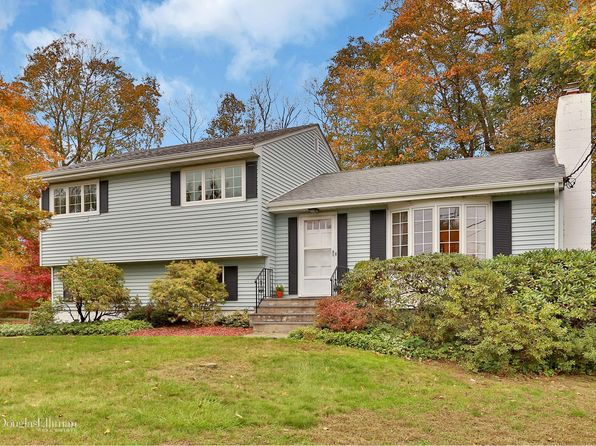 3 bed 2 bath Single Family at 51 Summit Pl Pleasantville, NY, 10570 is for sale at 579k - 1 of 22