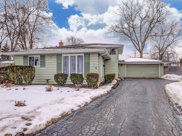 3 bed 2 bath Single Family at 233 S Ahrens Ct Lombard, IL, 60148 is for sale at 250k - 1 of 31