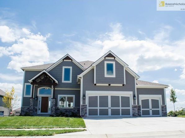 5 bed 4 bath Single Family at 8145 NW 90th St Kansas City, MO, 64153 is for sale at 413k - 1 of 3
