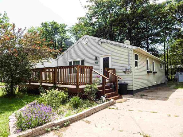 3 bed 1 bath Single Family at 2017 Neidhart Ave Marquette, MI, 49855 is for sale at 150k - 1 of 20