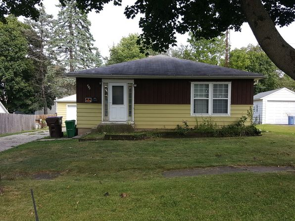 4 bed 2 bath Single Family at 315 Rowland Ave Marengo, IL, 60152 is for sale at 79k - 1 of 21