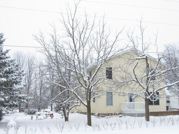 4 bed 1 bath Single Family at N8912 Church St Brillion, WI, 54110 is for sale at 133k - 1 of 17