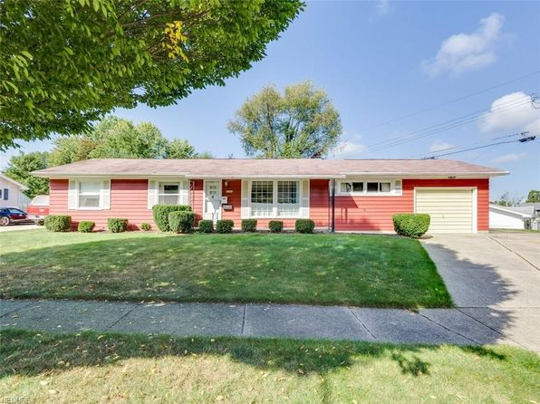 3 bed 2 bath Single Family at 2260 Hoch Dr Cuyahoga Falls, OH, 44221 is for sale at 125k - 1 of 19