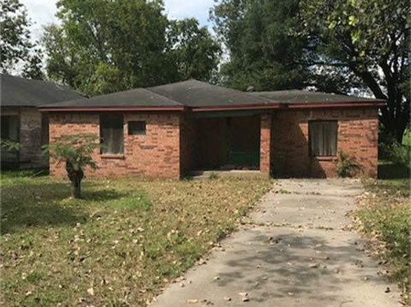 2 bed 1 bath Single Family at 221 Calloway St Houston, TX, 77029 is for sale at 40k - 1 of 10
