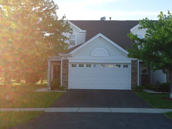 2 bed 2 bath Townhouse at 715 Baxter Ct Lake Villa, IL, 60046 is for sale at 131k - 1 of 28