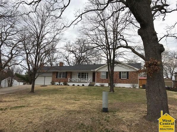 3 bed 3 bath Single Family at 512 Washington Warsaw, MO, 65355 is for sale at 120k - 1 of 26
