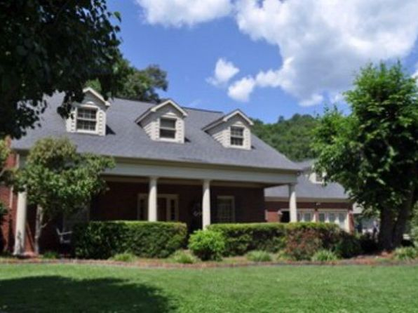 4 bed 3.5 bath Single Family at 380 Cedar Creek Rd Pikeville, KY, 41501 is for sale at 449k - 1 of 20