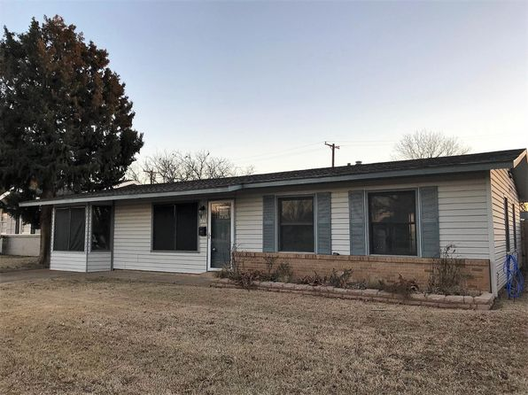 3 bed 1 bath Single Family at 103 Detroit Ave Levelland, TX, 79336 is for sale at 105k - 1 of 20