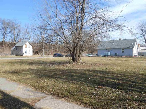 null bed null bath Vacant Land at 423-425 Wilkes Ave Davenport, IA, 52802 is for sale at 7k - 1 of 2