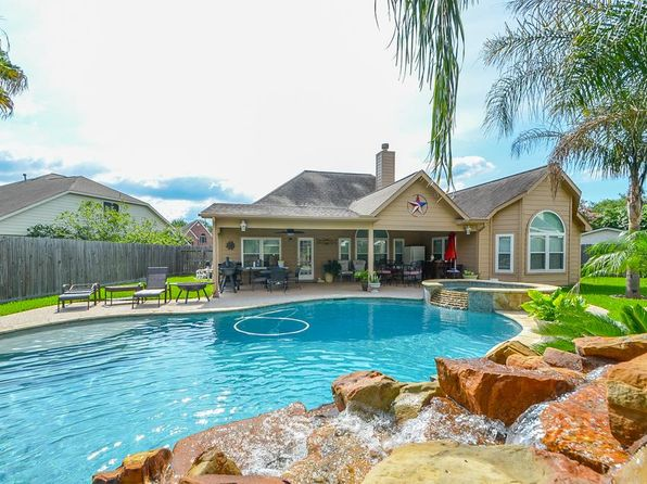 4 bed 2 bath Single Family at 4735 Mohegan Ct Baytown, TX, 77521 is for sale at 228k - 1 of 32