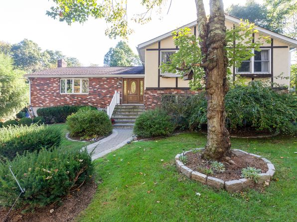 3 bed 3 bath Single Family at 8 Fowler Ave Cortlandt Manor, NY, 10567 is for sale at 419k - 1 of 16