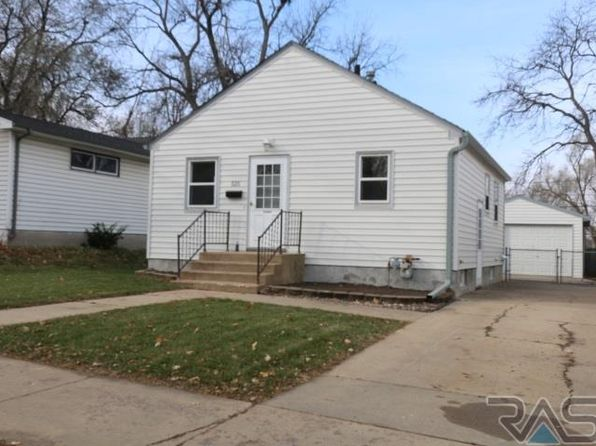 2 bed 2 bath Single Family at 525 N French Ave Sioux Falls, SD, 57103 is for sale at 95k - 1 of 12