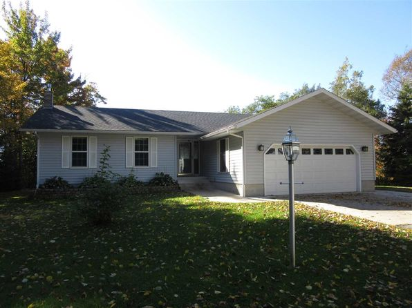 4 bed 2 bath Single Family at 6370W Hillcrest Dr Manistique, MI, 49854 is for sale at 185k - 1 of 26