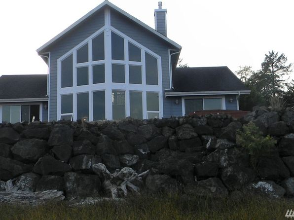 3 bed 3 bath Single Family at 346 Harbor View Loop SE Ocean Shores, WA, 98569 is for sale at 410k - 1 of 25
