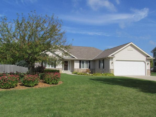 3 bed 2 bath Single Family at 11460 W Magellan St Franklin, WI, 53132 is for sale at 335k - 1 of 22