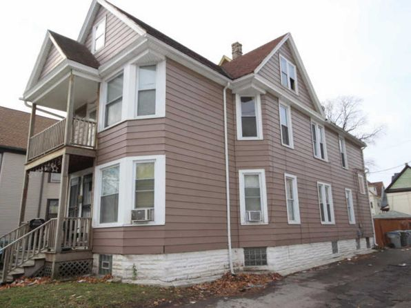 6 bed 2 bath Multi Family at 901 S 25th St Milwaukee, WI, 53204 is for sale at 69k - 1 of 15