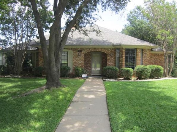 4 bed 3 bath Single Family at 5425 Dana Point Dr Arlington, TX, 76017 is for sale at 290k - 1 of 30