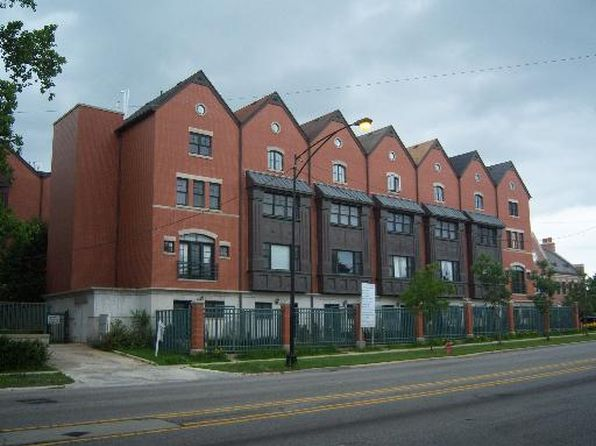 3 bed 4 bath Townhouse at Undisclosed Address Chicago, IL, 60646 is for sale at 595k - google static map