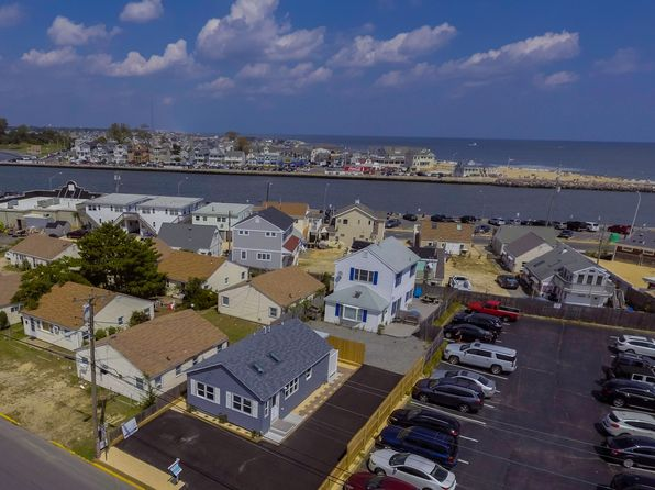 2 bed 1 bath Single Family at 62 Inlet Dr Point Pleasant Beach, NJ, 08742 is for sale at 425k - 1 of 24