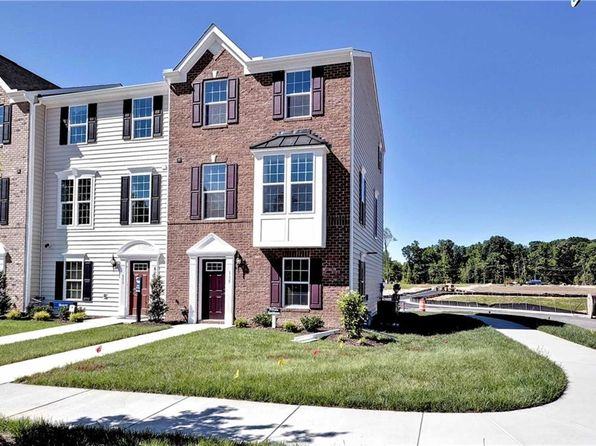 3 bed 3 bath Condo at 101 Newbaker Sq York County, VA, 23185 is for sale at 280k - 1 of 27